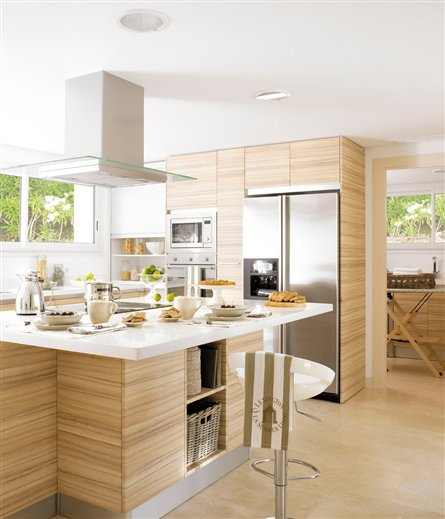 Cocinas maderas benayas s l l for Cocinas modernas color madera